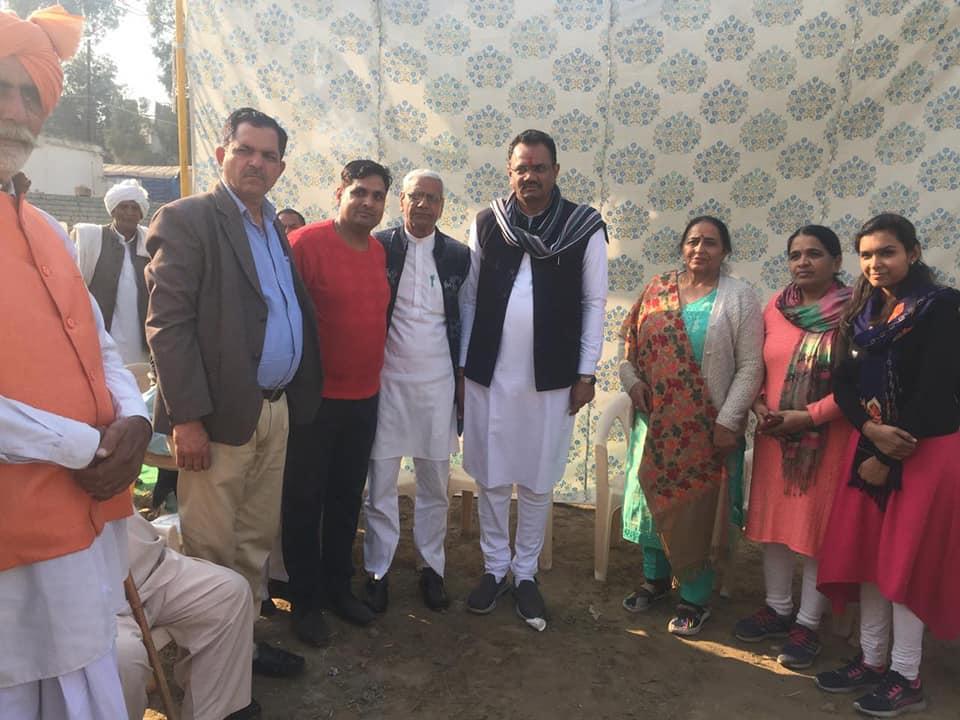 दिल्ली विधानसभा चुनाव अंतर्गत नजफगढ विधानसभा के कार्यालय में कार्यकर्ताओ संग संवाद